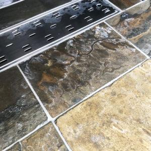 風呂の床の汚れ